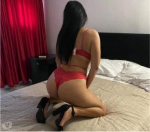 Nolwenne escortes girls russe à Vernouillet, 78